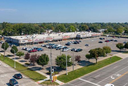 West Grange Plaza - Trenton