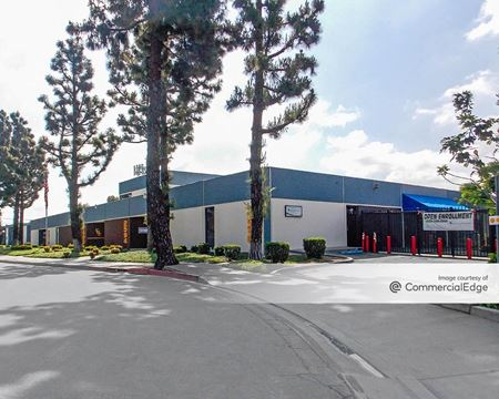 ERC Business Park - 2590, 2594, 2600, 2610, 2620 & 2640 Industry Way - Lynwood