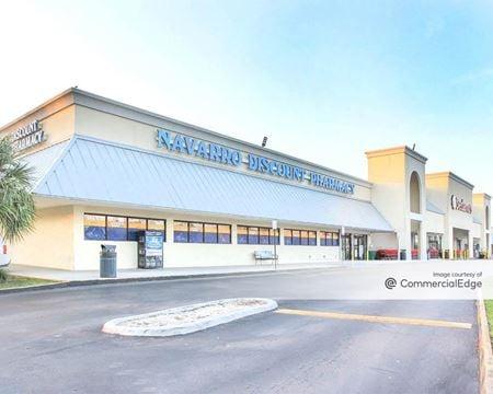 Vista Shopping Center - Hialeah