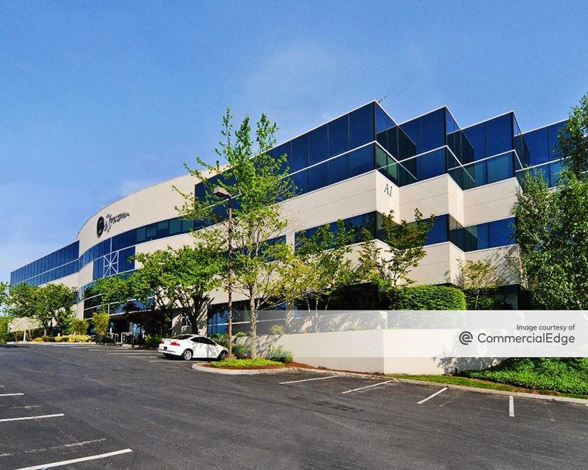 Kirkland 405 Corporate Center - Building A-1 & A-2