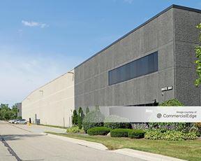 Romulus Business Center 3