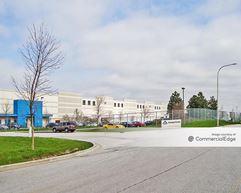 Commerce Center Industrial Park - 702 Commerce Center Drive - University Park