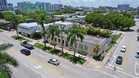 2742 Biscayne - Miami