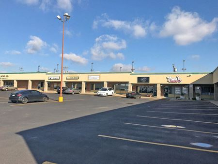 Retail/Office Space for Lease   Shamrock Center - Springfield