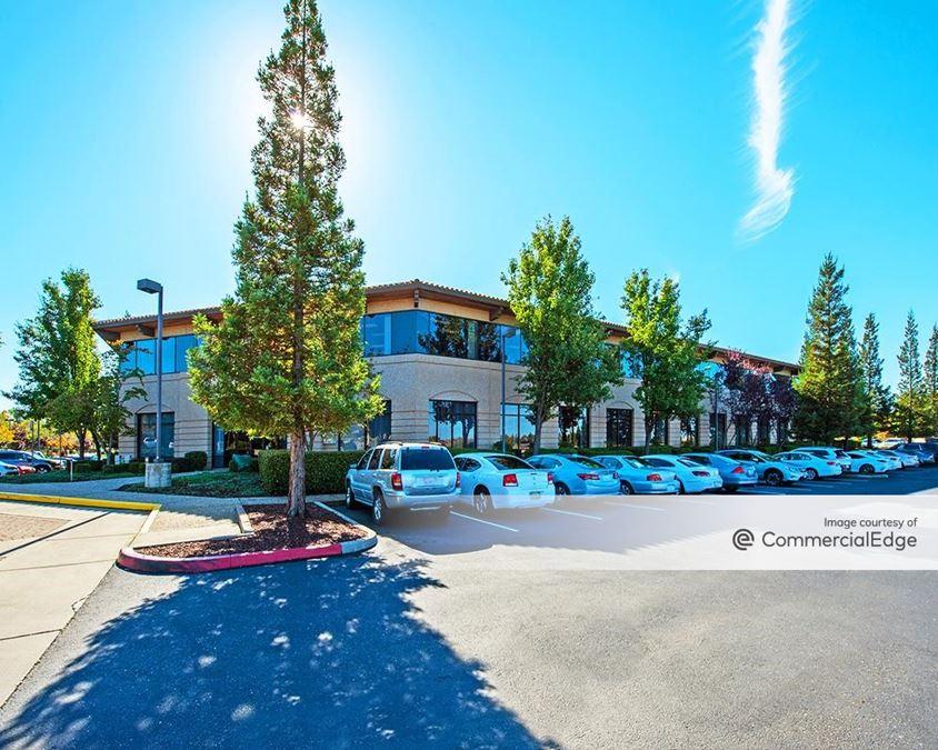 Investment Plaza - 1107 Investment Blvd