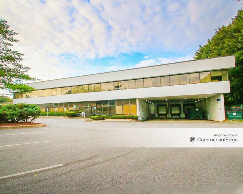 Midland Office Park - 36 Midland Avenue & 8 Slater Street