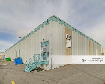 Airport Industrial Center - Bldg 14 - Denver