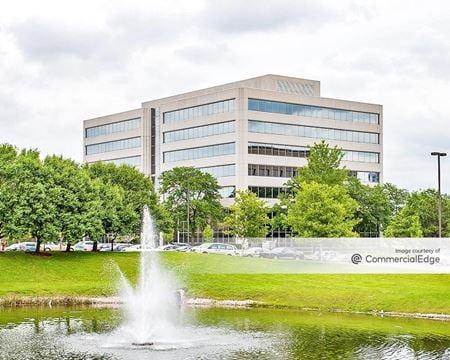 Embassy Plaza - Schaumburg