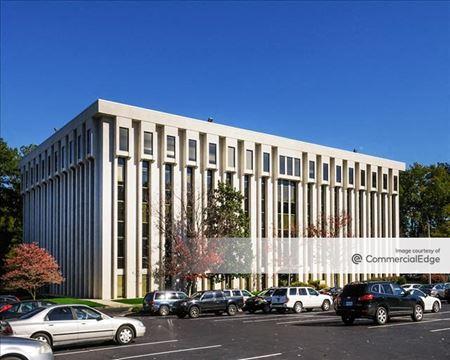 Lakeside Office Park - Building B - Atlanta