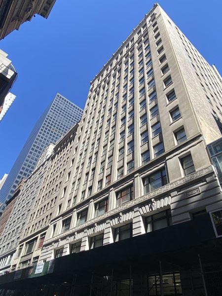 25 West 45th Street - New York