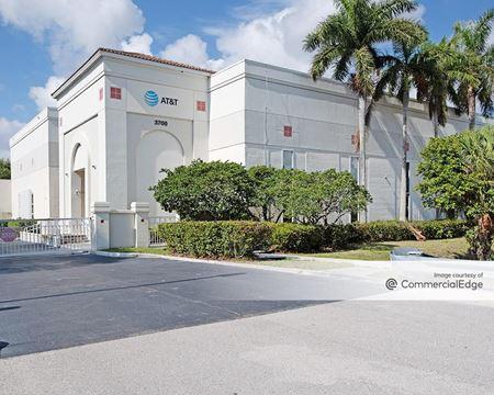 3700 RCA Blvd - Palm Beach Gardens