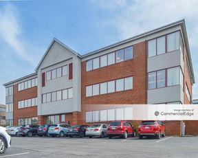 Brooktree Office Park - 6400 Brooktree Court