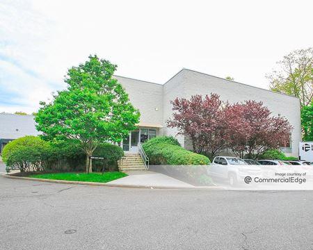 Stamford Executive Park - 650 West Avenue - Stamford