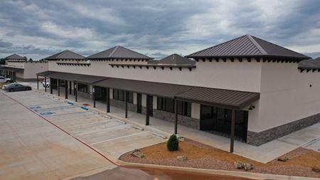 Shawnee Trails Shopping Center - Shawnee