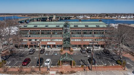 Beautiful Retail Space at Horton's Yard, Newburyport - Newburyport
