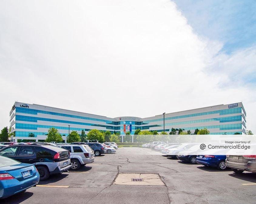 Maple Corporate Center