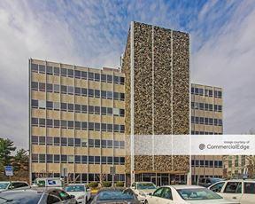 Falls Church Business Center