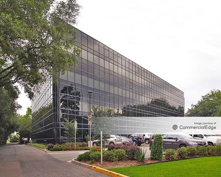 Rault Office Building - Kenner