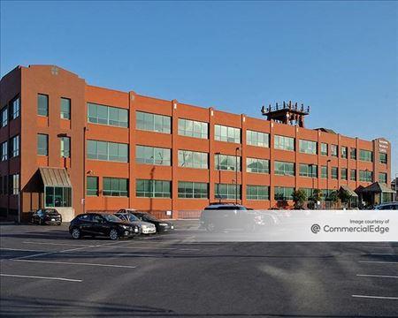 Bayshore Business Center - San Francisco