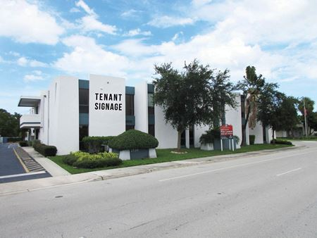 2150 S Andrews Ave - Fort Lauderdale