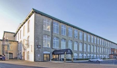 Open-Concept Sublease Available in Plymouth - Plymouth