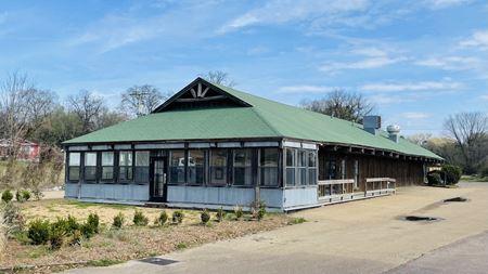 Former Chimneyville Smokehouse - Jackson