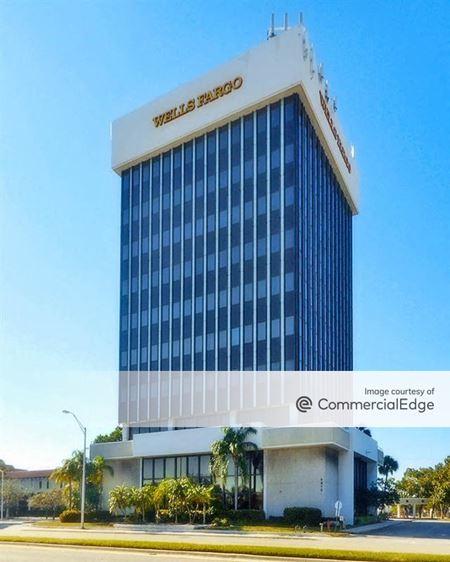 SouthTrust Building - Fort Lauderdale