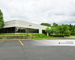 Woodlake Corporate Park - Lombard