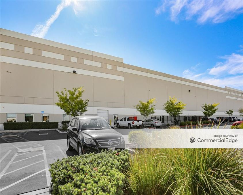 Southport Business Park - 3045 Mulvany Place