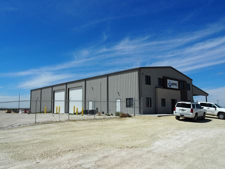 7,200 SF Shop on 6.8 Acres with 285 Frontage! - Fort Stockton