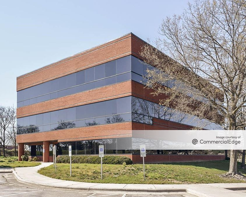 South Square Corporate Center II
