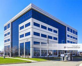 Jersey City Medical Center - Medical Office Building