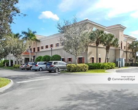 Estero Medical Center - Estero