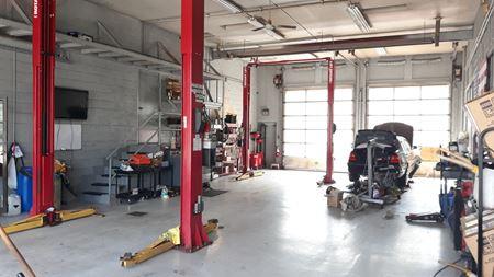 High Tech Auto Repair - Plymouth