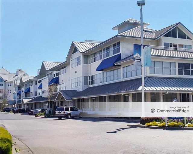 Petaluma Marina Business Center