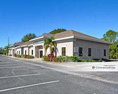Hampton Lakes Professional Centre - Tampa