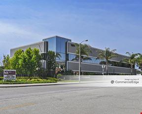 Solar Plaza - Oxnard
