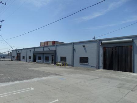 13074-13076 Saticoy Street - North Hollywood