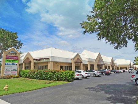 4176-4186 Tamiami Trail North - Naples