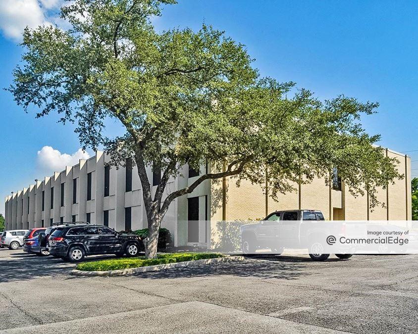 Brass Professional Center - Goliad, San Jacinto & Beaumont Building