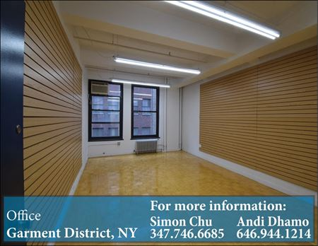 Showroom Space with Large Windows | Hardwood Floor | Close to Path Space Photo Gallery 1