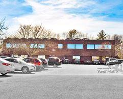 55 Accord Park Drive - Rockland