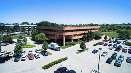 3033 Orchard Vista Dr SE - Grand Rapids