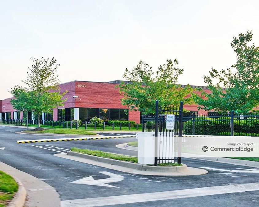 Dulles North Corporate Park IV