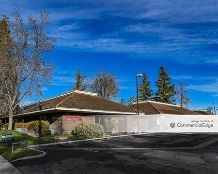 Cedar/Bullard Professional Center - Fresno