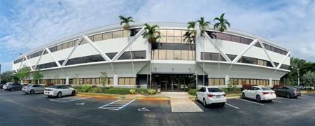 Avion Corporate Center - Fort Lauderdale