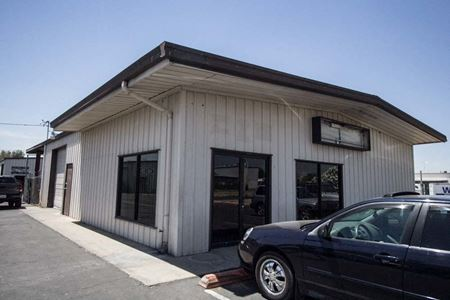 Multiple Free Standing Office/Warehouse Spaces For Lease - Porterville