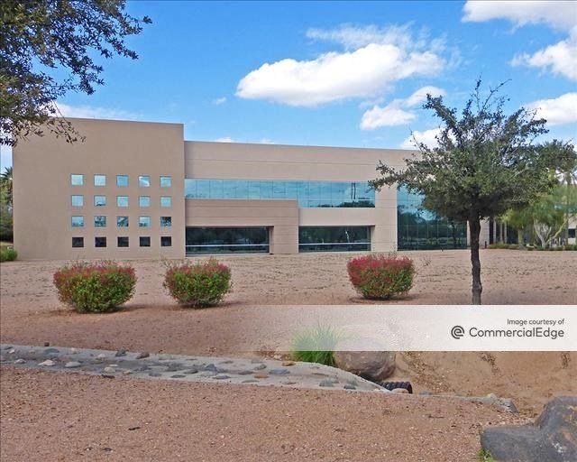 River Corporate Center