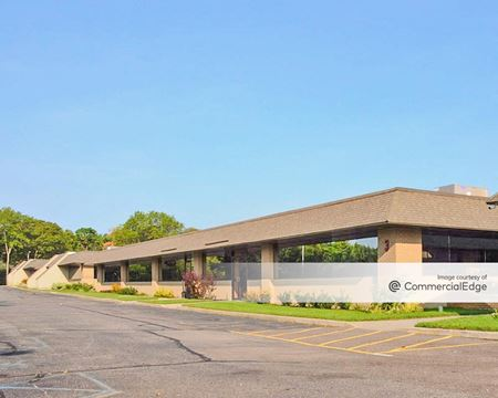 Brookhaven Executive Center - Buildings 3 & 4 - Medford