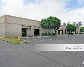 Hunter Corporate Plaza - Riverside